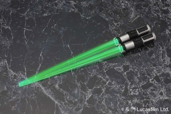 GZ393_LSCS_Yoda_lightup_5709